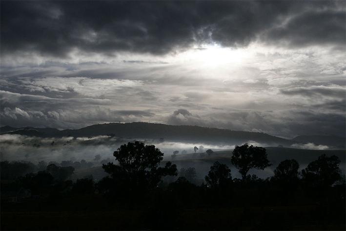 misty morning_ ⓒ Fir0002_ Quelle Wikimedia