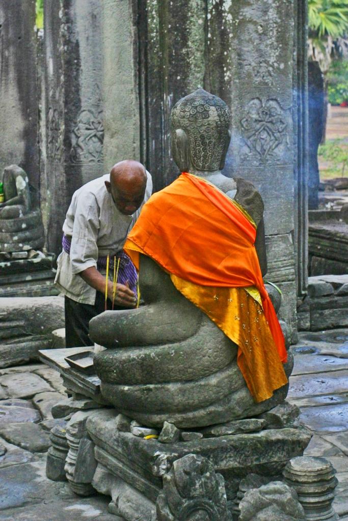 Buddha  ⓒGreg Wills_ Wikimedia
